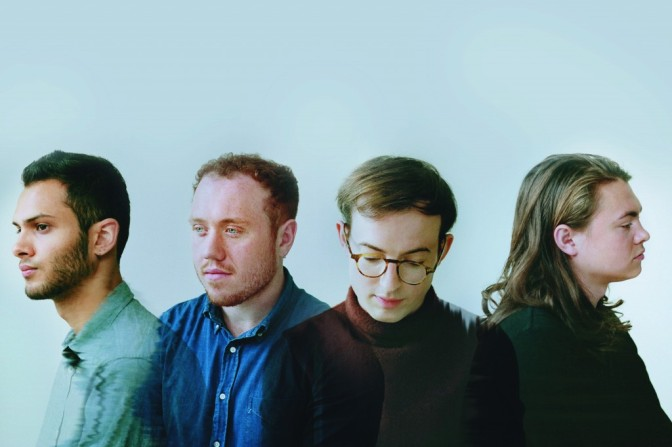 Bombay Bicycle Club > Luna